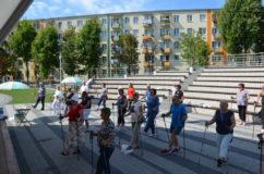 """Akcja społeczna """"Maszerujemy zkijkami 35+"""" dla mieszkańców Stalowej Woli zdiet radnego Dariusza Przytuły. Regulamin ioświadczenie dla uczestników."""